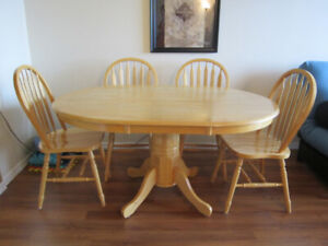 Oval Wood Dining Table with Chairs