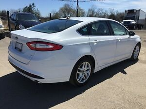 2014 FORD FUSION SE * BLUETOOTH * POWER GROUP * 8-WAY POWER DRIV London Ontario image 6