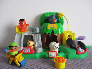 Zoo   Little  People  Sonore   7  Figurines