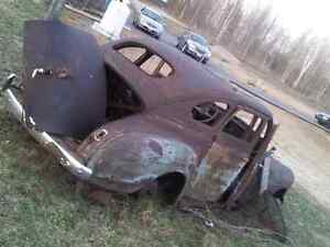 1941? PLYMOUTH SUICIDE DOORS