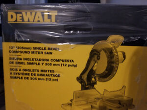 "12"" Dewalt Single Bevel Compound Miter Saw"