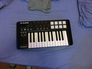 M-Audio Oxygen 25 | Midi Controller (Not Synth)