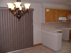 Lachine rental 5 1/2 August 1st - Move in condition-3 Bedrooms