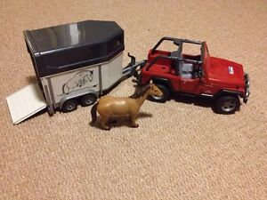 Bruder Jeep with Horse Trailer