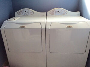 Duo laveuse sècheuse frontale MAYTAG