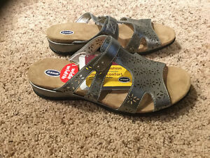 Dr. Scholl's silver sandals Size 11W
