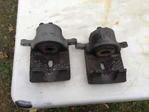 2004 Toyota Prius front calipers