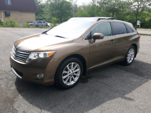 TOYOTA . VENZA 2009..AWD..PANORAMIC ROOF.. LEATHER SEATS