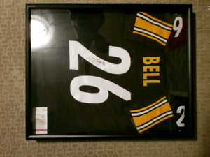 Le'Veon Bell Signed Jersey