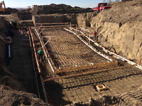 Two concrete finishers/formwork carpenters available by contract