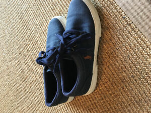 Navy POLO Shoes $25