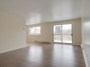 Renovated 4 1/2, Utilities included, With appliances, With AC!!!