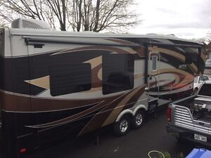 Fifth wheel ALPINE 3535 RE 2014
