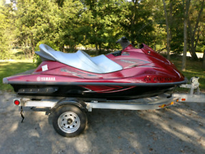 2014 YAMAHA WAVERUNNER VX CRUISER W/ TRAILER. LIKE NEW, 39 HOURS