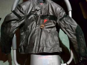 DAINESE MOTO ~ Manteau de cuir NEUF SIZE 54