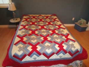 New Handmade Quilt in Lover's Knot Pattern with Angled Corners