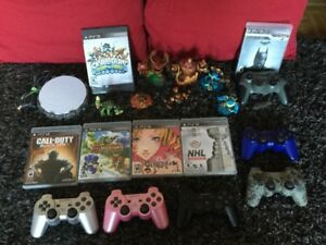 Skylanders, Catherine, Manettes PS3 Sony, Batman etc..