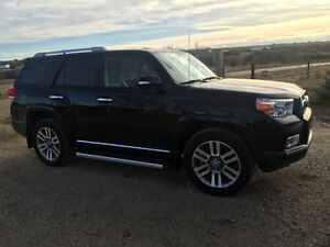 2013 Toyota 4Runner Limited SUV, Crossover low km!