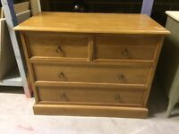 Stag minstrel solid oak drawers