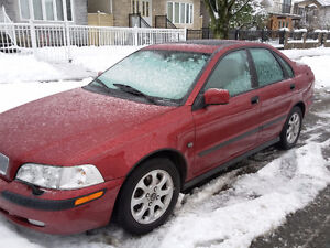 2001 Volvo S40 1.9T 140000kms clean title belt & pump changed