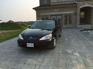 2004 Toyota Camry LE Sedan