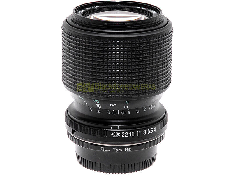 Tamron 70/210mm. f4-5,6 obiettivo manual focus full frame per fotocamere Nikon.