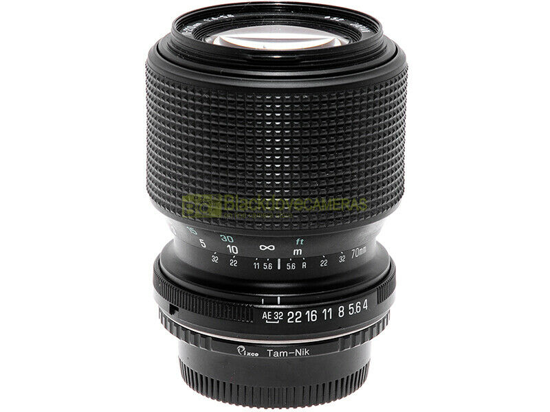 Tamron 70/210mm. f4-5,6 obiettivo manual focus full frame per fotocamere Nikon.