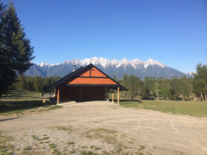 40+ac! Spectacular View.Subdividable. 2400ft2 home. 50x50 barn