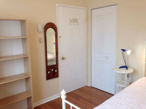 $625 Furnished Room - ALL INCLUSIVE in 4 1/2 NDG/Westmount