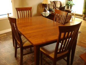 Dining,Kitchen-solid Birch Canadian made ,2 years old