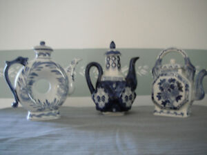 3 Decorative Tea Pots