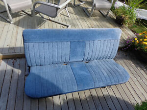 1982 Chevy C10 bench seat for sale - $350 (north vancouver)