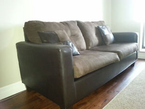 Bonded leather plush couch in great condition Kitchener / Waterloo Kitchener Area image 2