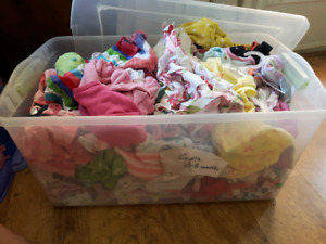 Girls 0-3 month lot of clothes