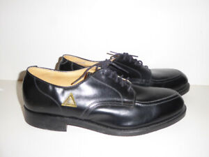 MEN'S BLACK LEATHER STEEL-TOED SAFETY WORK/DRESS SHOES - MINT