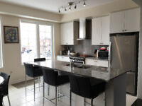 4 Bedrooms w/2 Ensuites New Townhouse in Vaughan/Richmond Hill