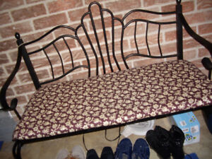 Brand new condition metal two seat ENTRANCE bench with cushion $
