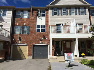 Oakville Townhouse (not stacked) with 2 parking and storage!
