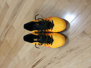 Soccer shoes Adidas 8,5