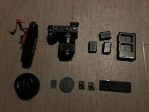 SONY A6500 Package - 10-18mm lens  w/ mic & SD CARDS