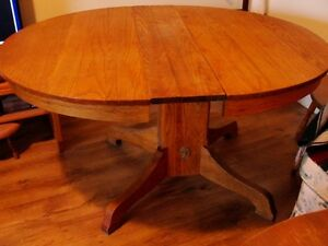 For Sale: Oak table 60+ yrs old
