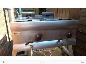 Lincat double electric fryer