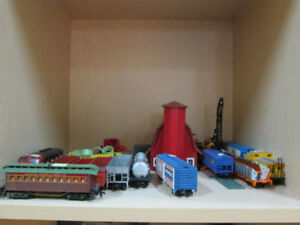 HO Trains and Accessories For Sale At Nearly New Port Hope
