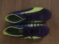 PUMA EVO SPEED MENS MOULDED FOOTBALL BOOTS - Size 9 - purple