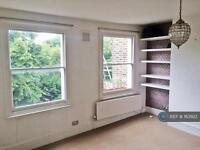 2 bedroom flat in Grosvenor Avenue, Canonbury, N5 (2 bed)