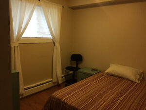 Short Term Rental by Kingsway Mall $650 Edmonton Edmonton Area image 5