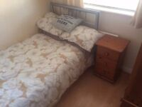 Single Room in family home - Poole