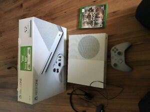 Xbox one S 1to jeux et manette