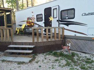 2005 Chateau 34 ft Trailer at Netley Creek Resort