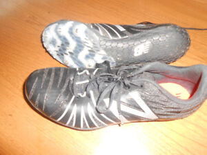 boys track shoes